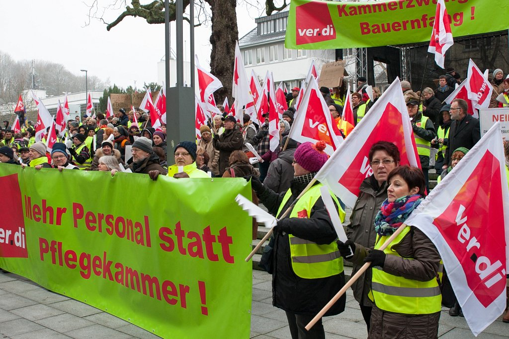 Demonstration gegen eine Pflegekammer in Schleswig-Holstein