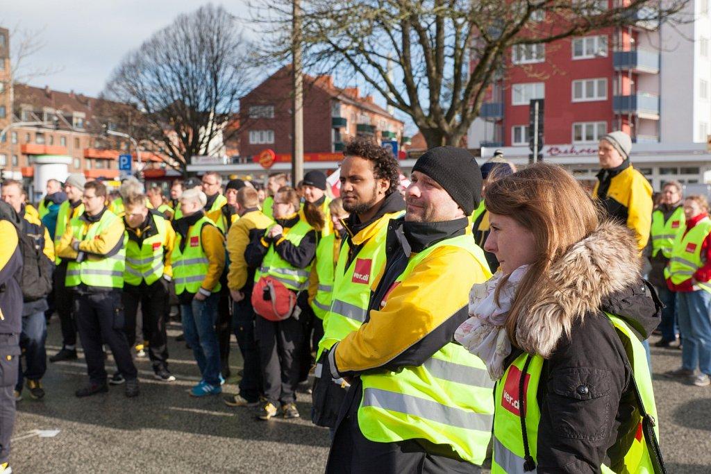 Warnstreik bei der Deutschen Post AG in Kiel
