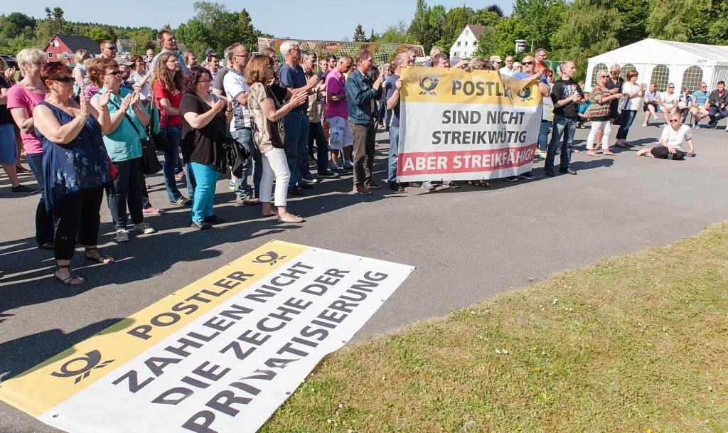 Streik bei der Deutschen Post in Kiel
