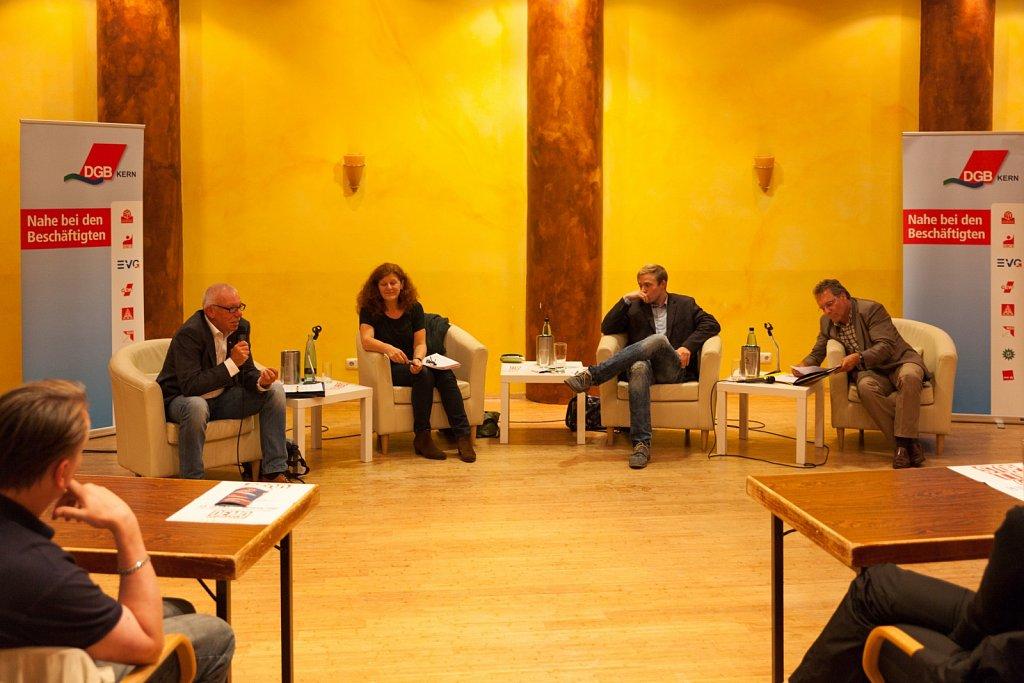 STOPP TTIP Diskussionsrunde in Kiel