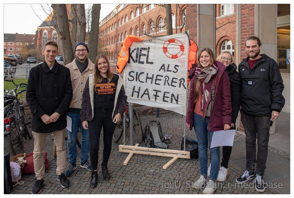 Seebrücke Kiel - Übergabe der Petition