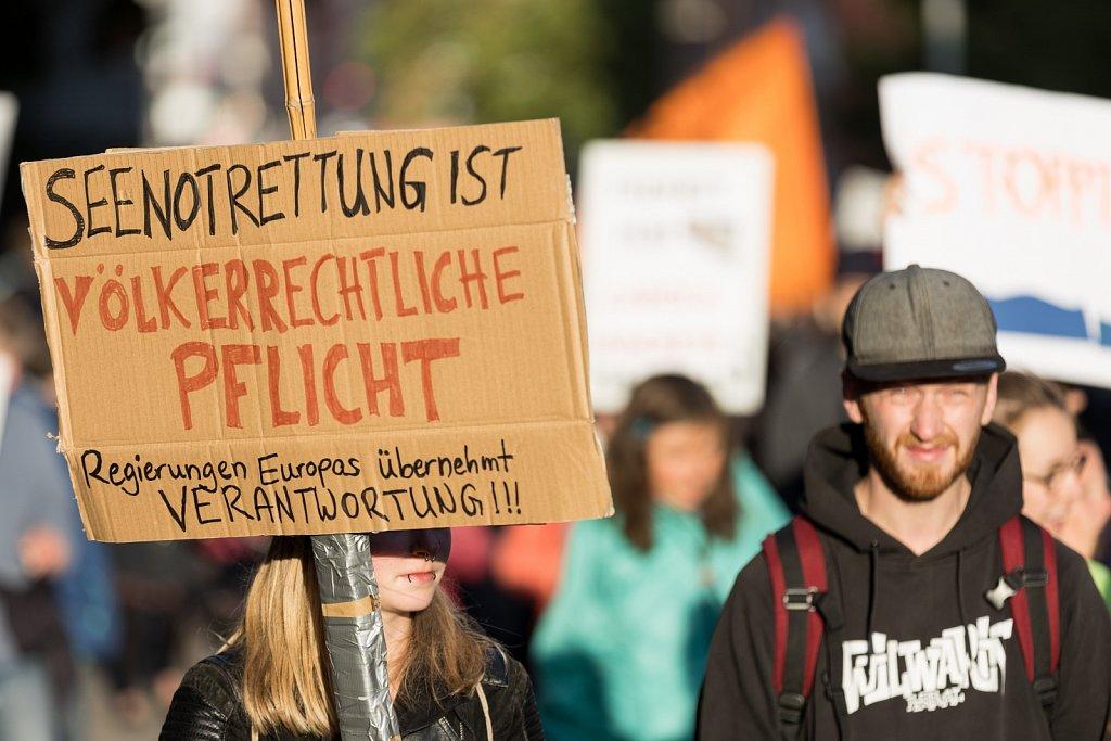"""Demonstration """"Freiheit für Carola Rackete!"""" in Kiel"""